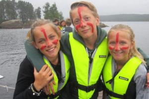 Ansiktsmålning och aktiviteter på sjön